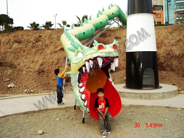 Tobogán Tubular Con Cabeza De Dragón